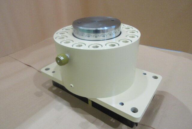 ロールプレス機用油圧シリンダー